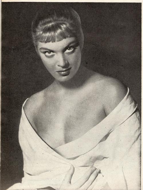 Zina R, actress