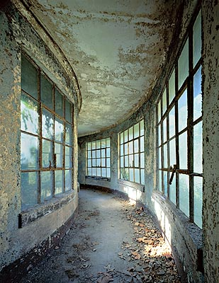 Isolation ward, stephen Wilkes, Ellis Island