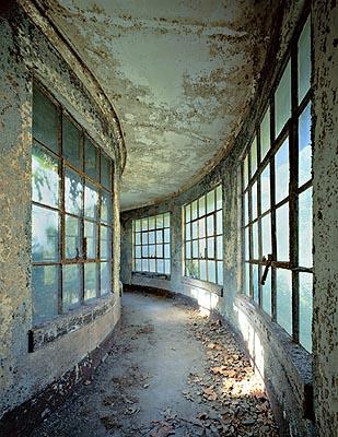 Isolation ward, stephen Wilkes, Ellis Island