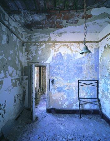 BlueRoom, Stephen Wilkes, Ellis Island