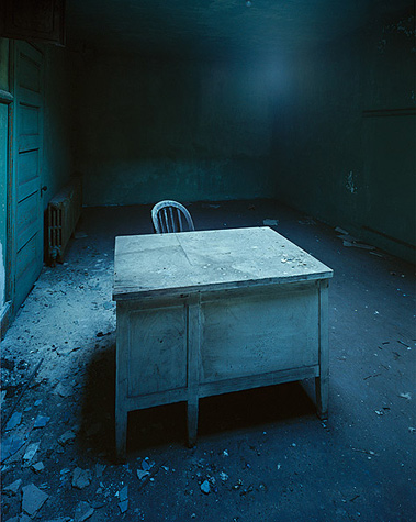 Christopher barne, Desk Of Questioning, Ellis Island