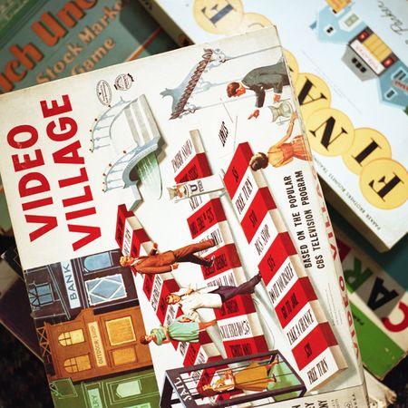 Aline Smithson, Video village, old board games,