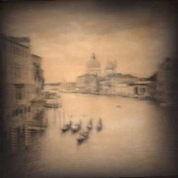 aline smithson, venice black and white, toy camera