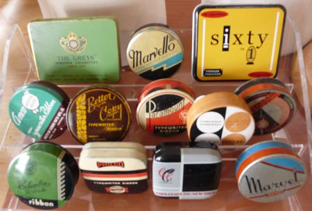Bog typewriter ribbon tins