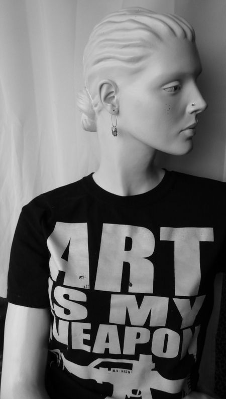 Rootstein mannequin, art is my weapon, TMNK, photo Liza Cowan