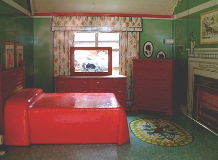 Marx tin doll house, dollhouse bedroom www.yearsafter.com