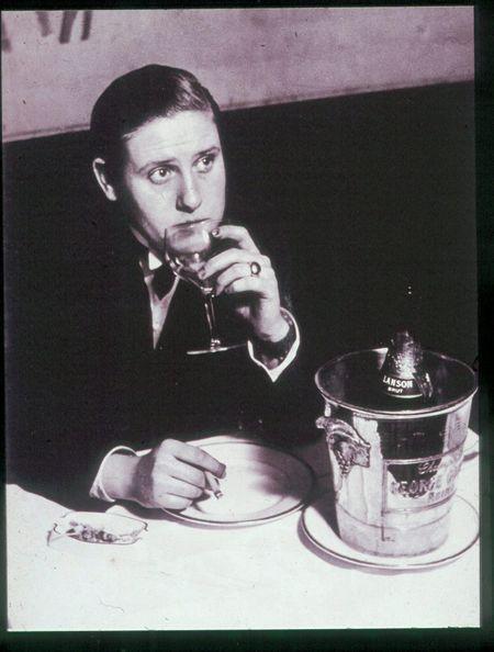 Brassai, le monocle, young female invert, 1932