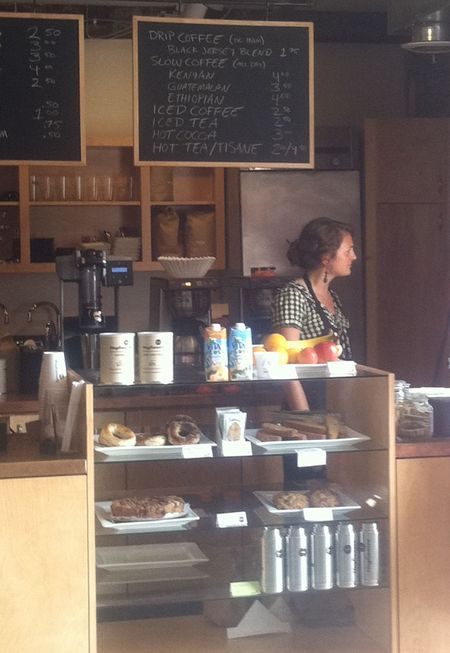 Maggie, barrista at Maglianero Cafe, burlington Vermont. Photo ©Liza Cowan