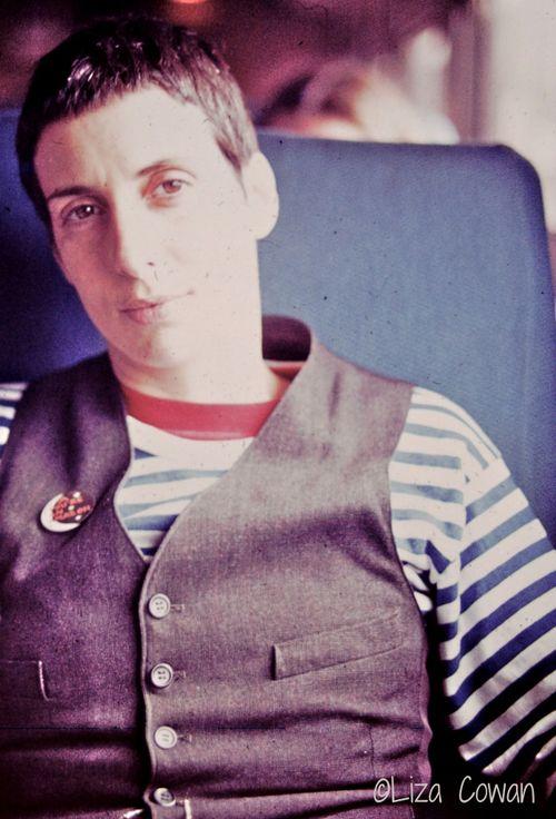 Alix-Dobkin-in-stripes-and-vest-%C2%A9-Liza-Cowan