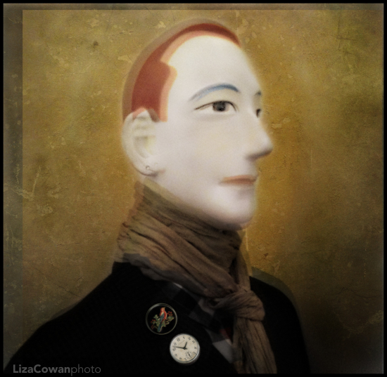 Liza Cowan portrait of a male mannequin