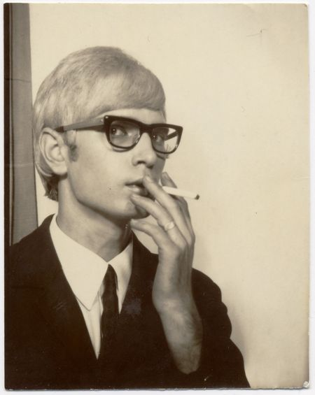 american photobooth, nakki goranin, man smoking, black glasses